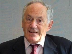 chimico, saggista e divulgatore scientifico britannico