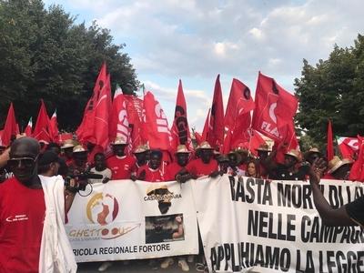 8 agosto 2018 manifestazione a Foggia contro il caporalato