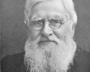 naturalista, geografo, biologo, esploratore e antropologo gallese